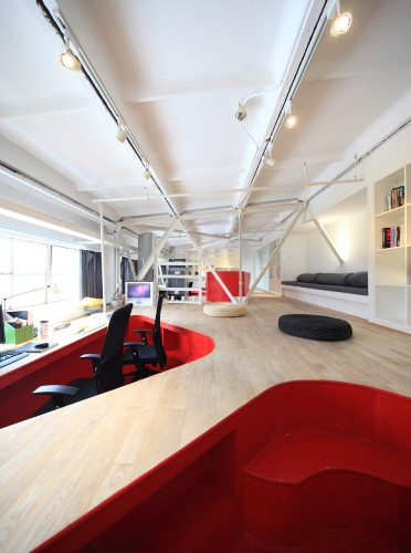Red Town Office Design by Taranta Creations Pictures