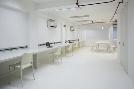 Kido Technology Thin Office by Studio SKLIM