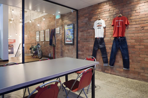Elwood Clothing Office Design Pictures