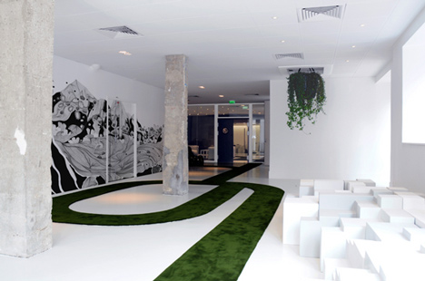 JWT Agency Paris by Mathieu Lehanneur